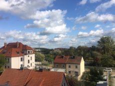Ausblick vom Wohnzimmer und Dachterrasse