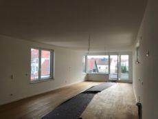 WE03 Wohn-Koch-Essbereich mit Balkon